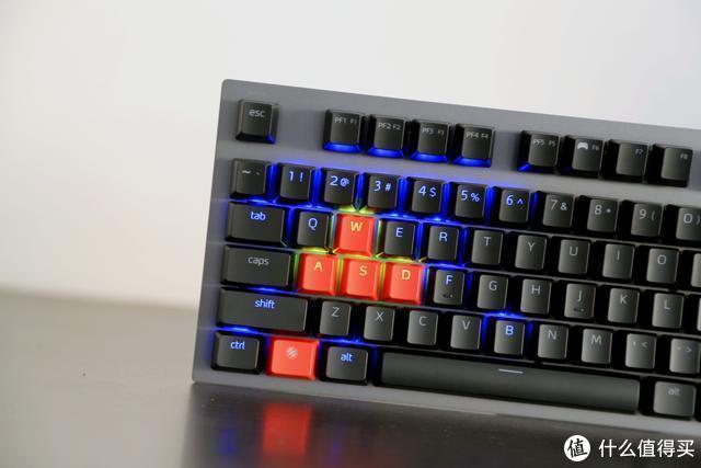 终于入手原厂银轴,XPG召唤者游戏机械键盘会有如何的体验?