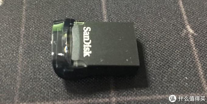 我超迷你——闪迪USB3.1酷豆闪存盘