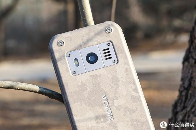 硬核不止于砸核桃真三防手机诺基亚Nokia 800真机测评