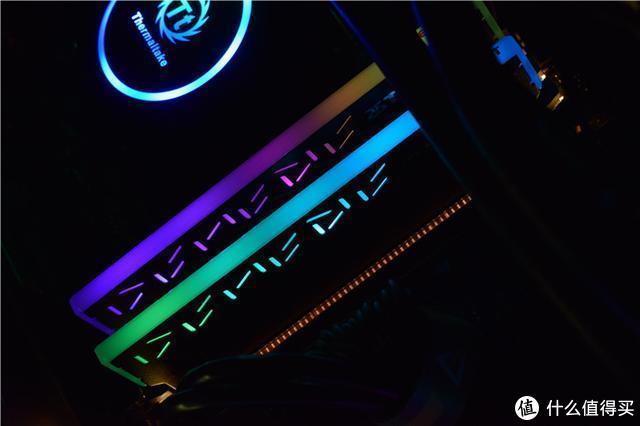 电脑内存怎么选,3000HZ炫彩灯效,台电幻影P70内存如何?