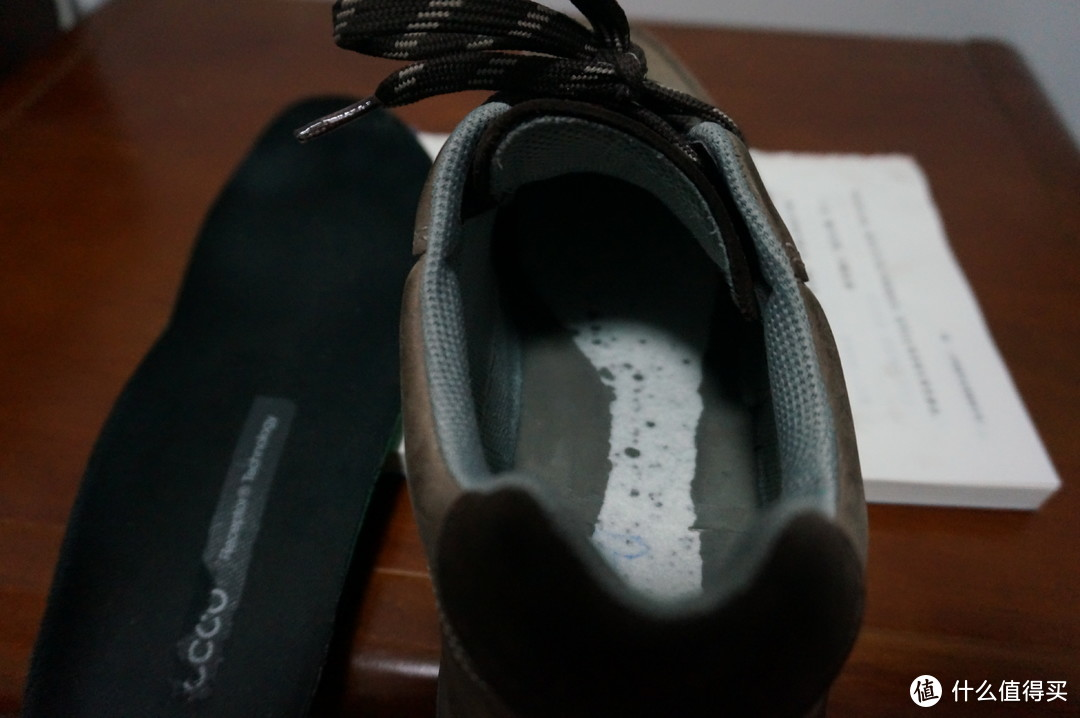 鞋垫拿掉后的样子