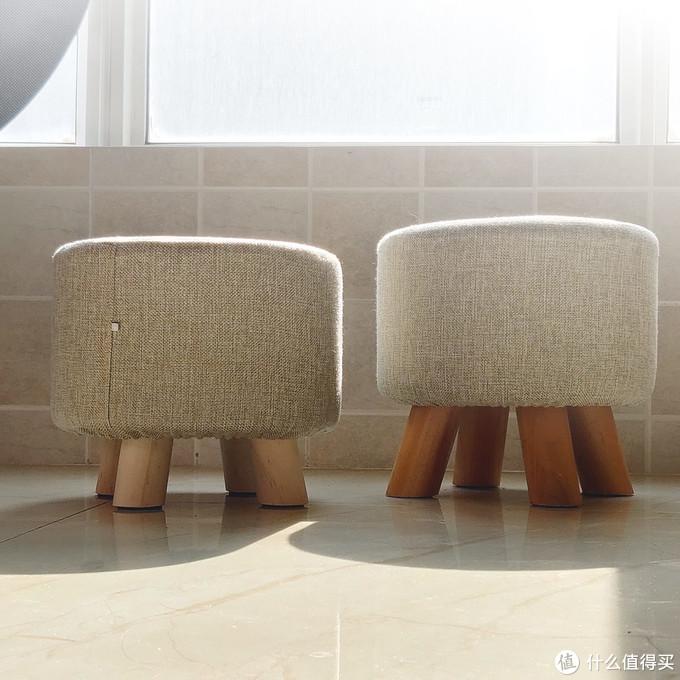 左侧的是送的小换鞋凳,右边的之前买的,样子差不多,腿长不一样