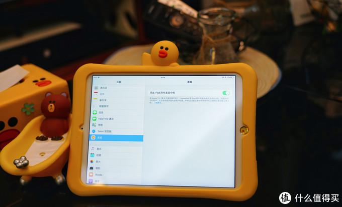 支持苹果HomeKit、调戏Siri开关门。电机驱动全自动锁舌的小燕指纹锁安装与使用体验分享