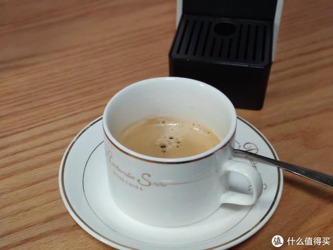 体积小巧,使用便捷,心想胶囊咖啡机体验评测