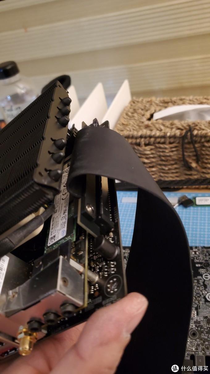 ITX机箱 篇二:2020第一折腾---4L碳纤维机箱装机小记