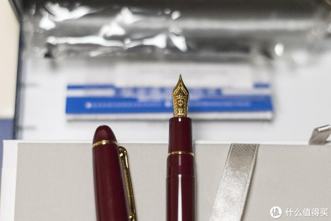 带船锚标记的笔尖,现产含金量最高的笔尖