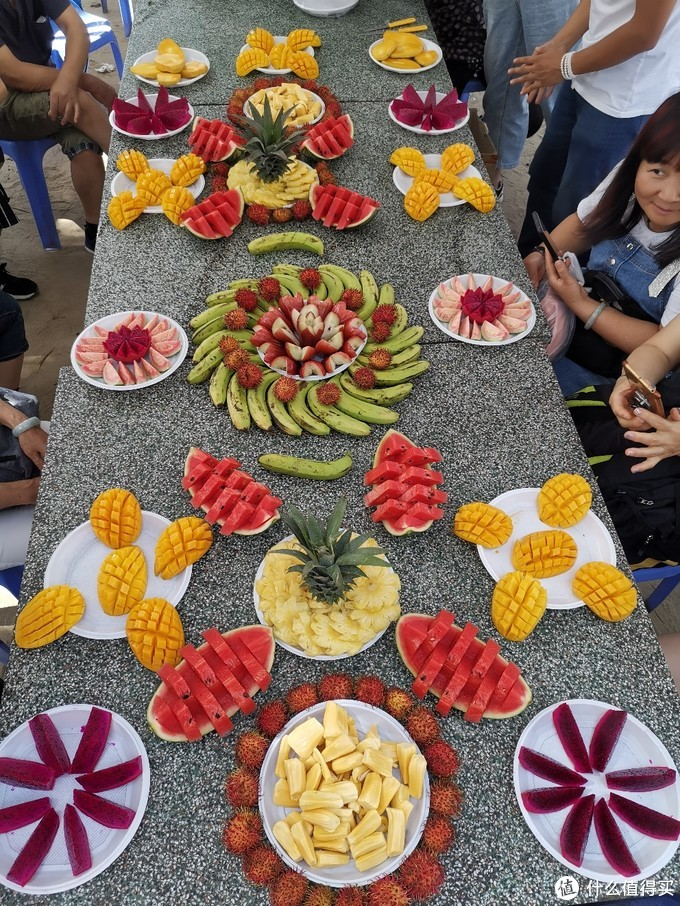 导游做的水果大餐