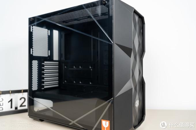 机箱也能做出艺术品的感觉、酷冷至尊(coolermaster)TD500 Mesh RGB机箱 评测