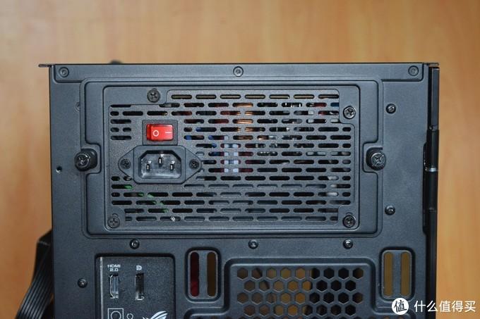 第一次看到塑料盒装的电源,TT GT650W电源装机点评附拆解