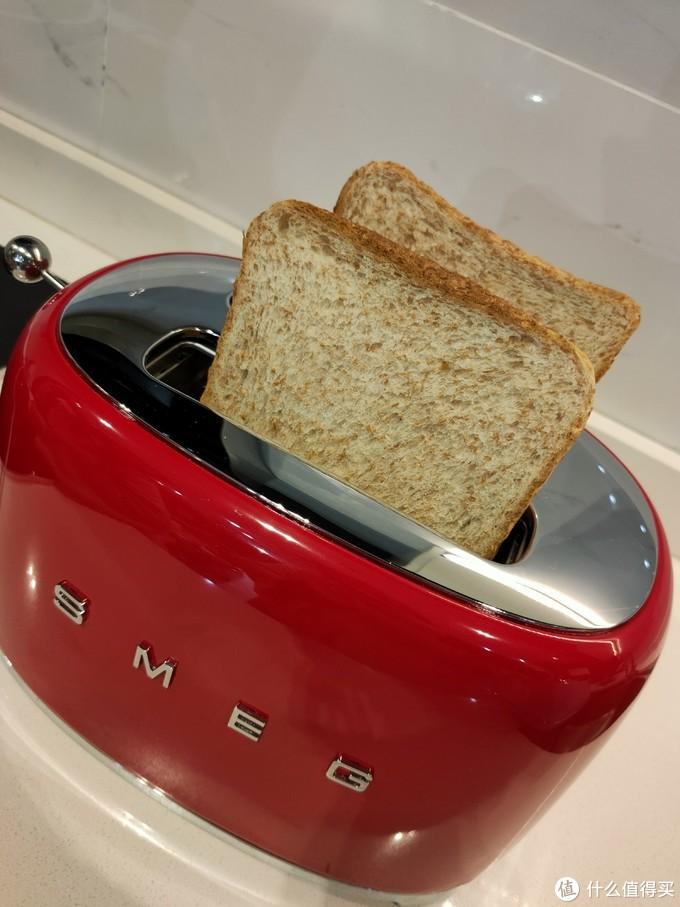 自用对比:SMEG多士炉VS德龙多士炉,多士炉怎么挑?怎样的多士炉才不会被闲置?选购要点都在这!