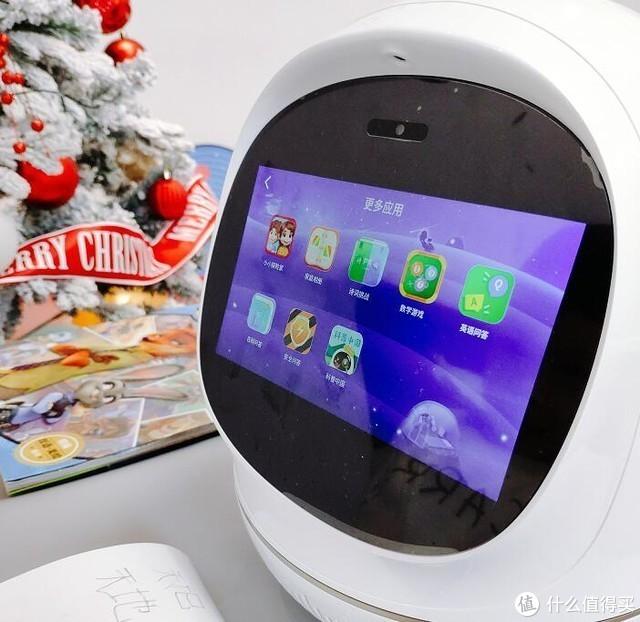 看阿尔法蛋大蛋2.0 AI学习机器人如何解决陪读焦虑症