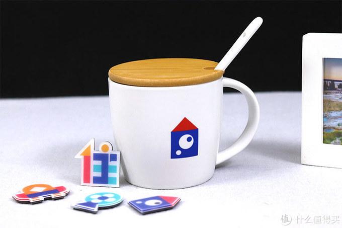 年末周边礼包秀,冰箱贴咖啡杯小卷尺试试镜