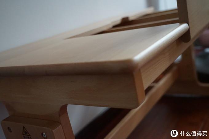 给孩子买学习桌不考虑下全榉木实木的吗?