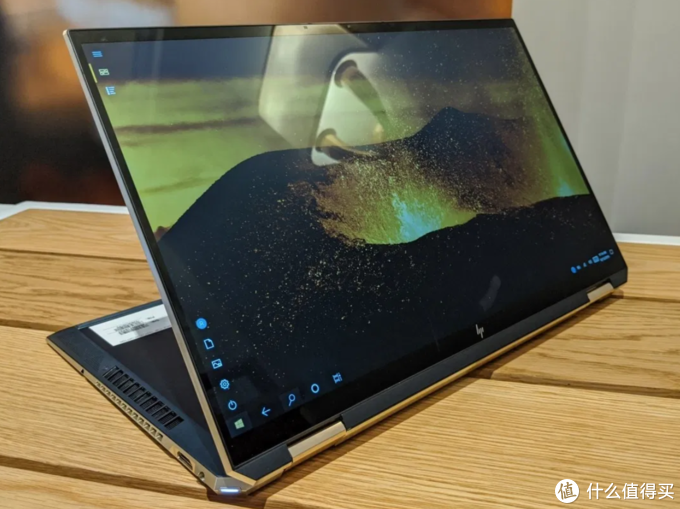 90% screen-to-body ratio, 4K touchscreen: HP announces new Spectre x360 15 variant $ 1600