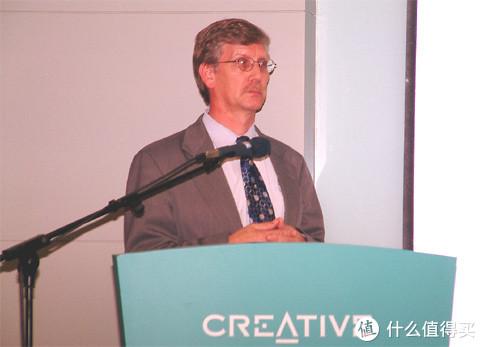早在2004年3Dlabs发布会上,新加坡创新的并购之意便可见一斑