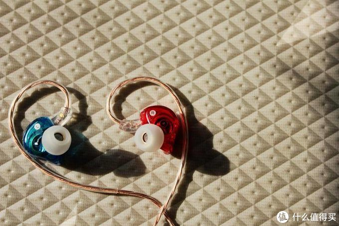 一款百搭的入耳式耳机 - 兴戈觅澈MEETURE MT1