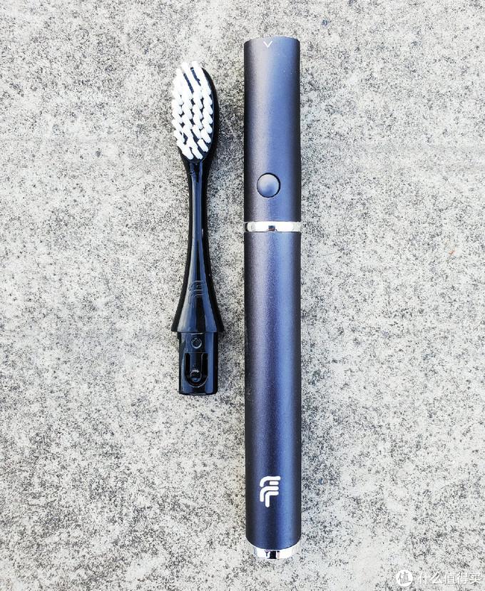 小巧轻盈的菲莱斯便携式声波电动牙刷V1详细评测
