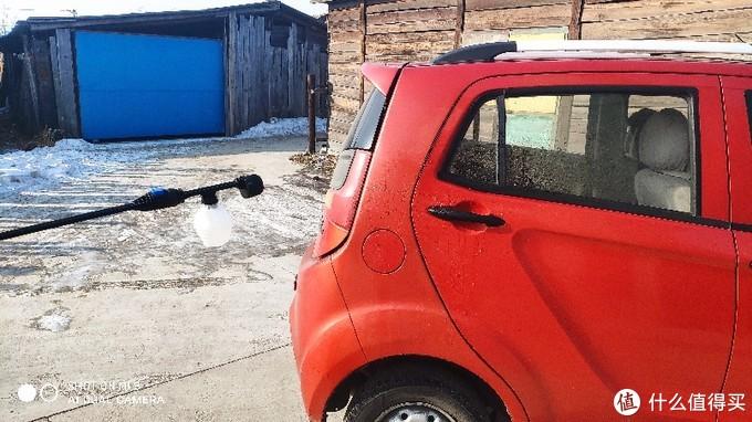 乐空手持锂电高压清洗机,随时可以洗车!