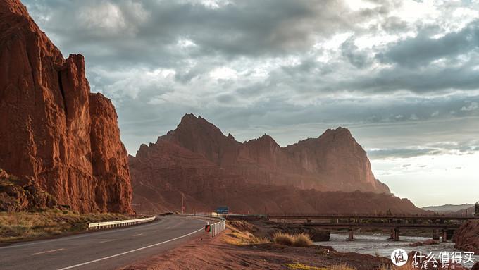 新疆中线七月十日环游日记 | 没有白走的路,每一步都算数,山河远路,都值得记录