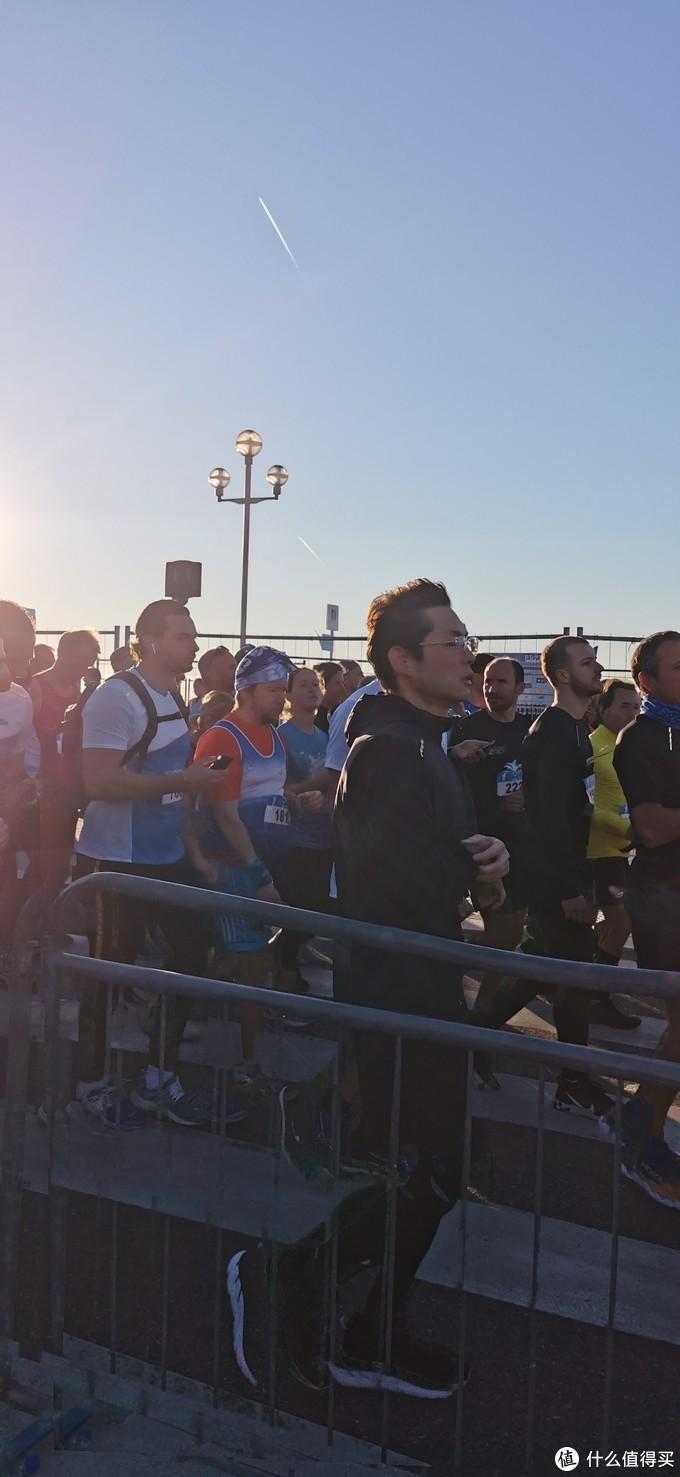 PB了,法国尼斯蔚蓝海岸10K,长跑半年多的第一场比赛