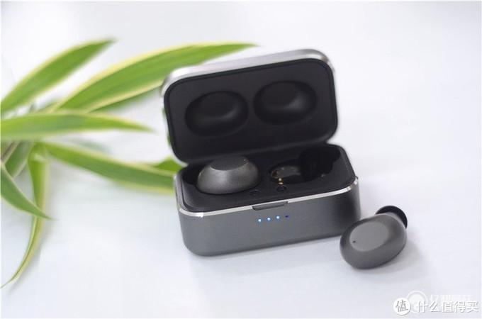 音质能打性价比高——ABRAMTEK E4 触控TWS无线蓝牙耳机试用