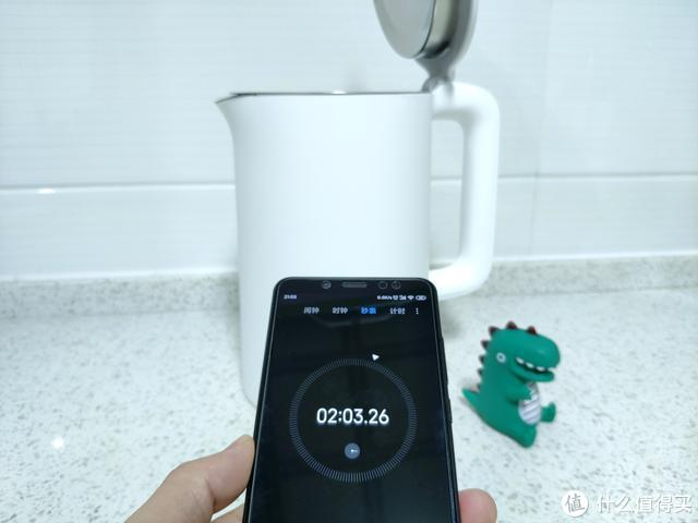 在热水需求量这么大的季节,米家电水壶1A来为你守候