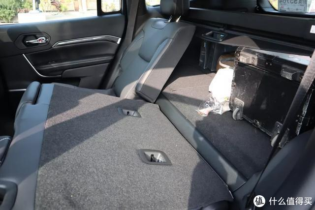 Jeep大指挥官PHEV:才30万!这可能是上海人最值得买的绿牌SUV