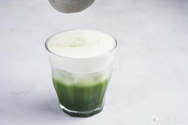 超爱的一款饮品,口感细腻轻盈,微苦带甜,味道刚刚好!