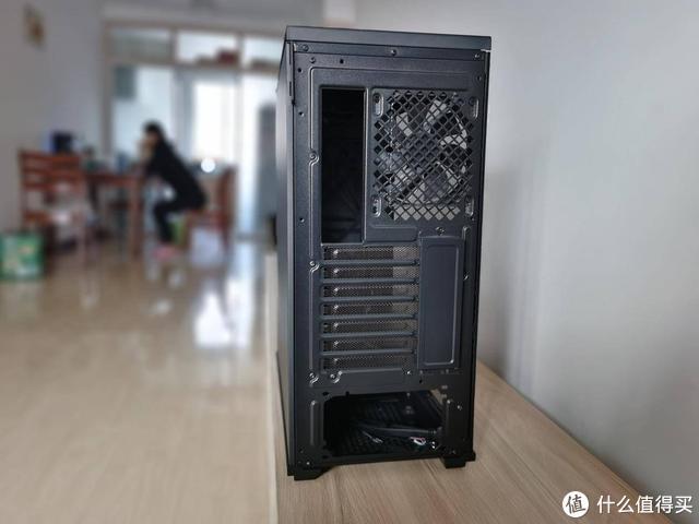 过年开黑不掉队,更新装备试试九州风神中塔ATX水冷主机箱