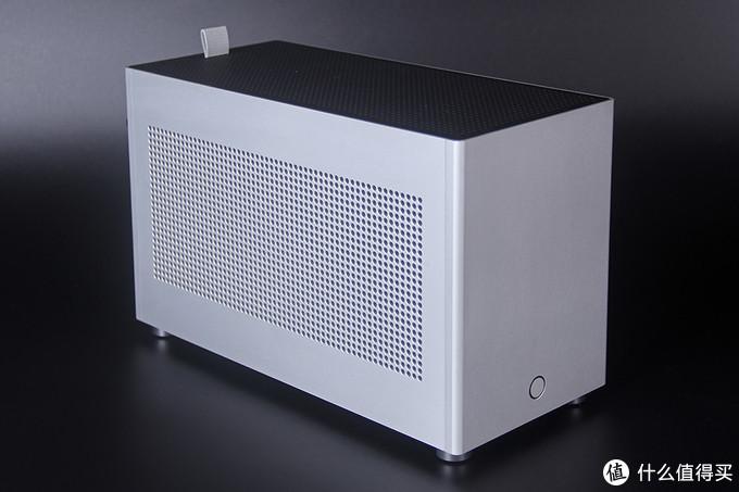鞋盒大小的ITX机箱初体验 — FORMULA X1装机展示
