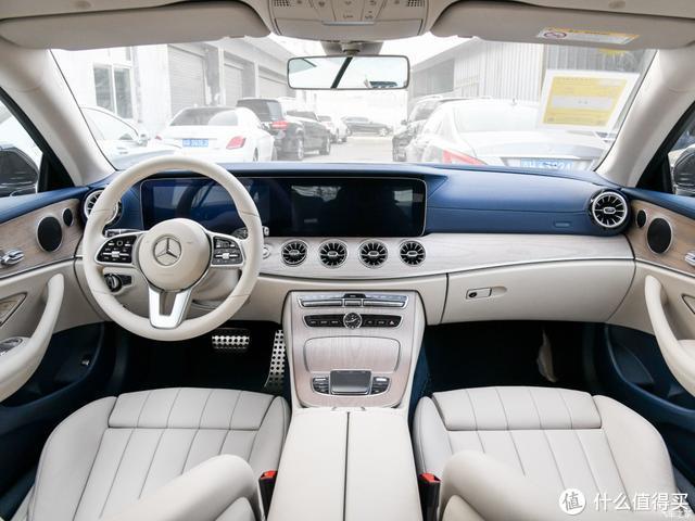 奔驰新款E级轿跑上市,新增E260以及敞篷版