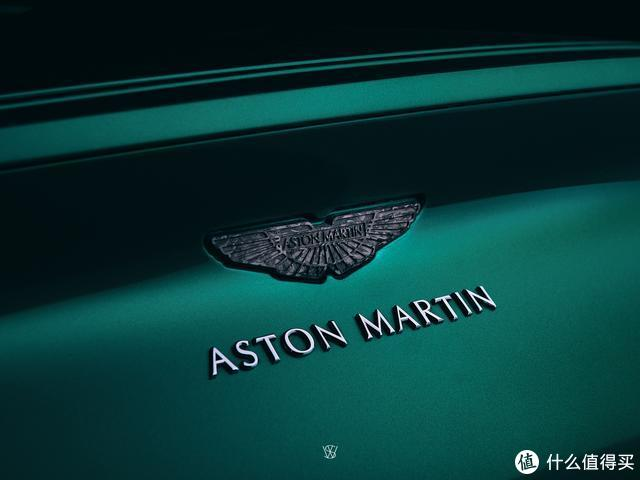 壁纸|阿斯顿·马丁DB11:拍过方知她的美