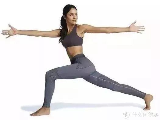 7个瑜伽动作:让你拥有纤细手臂