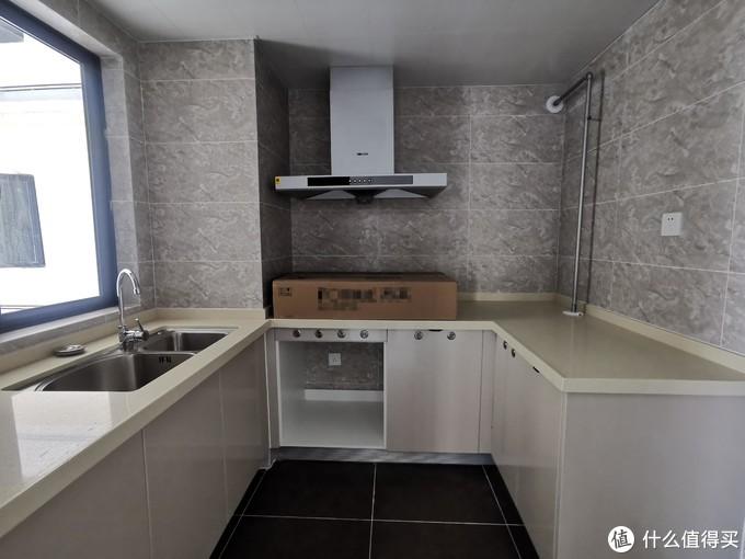 消毒柜轻松改装惠而浦8套洗碗机,谁说厨房空间小就没有安装洗碗机的权利?