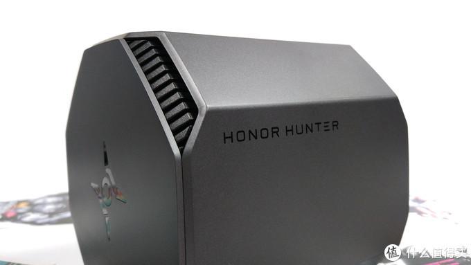 智能真三频,开黑拥有专属加速通道,游戏不再卡——荣耀猎人游戏路由简评