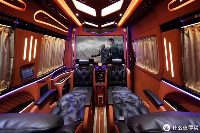 这是一座神奇的小城堡 奔驰斯宾特 商务房车