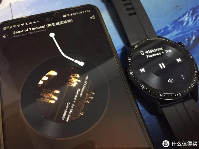如果选择手机音乐的话,手表即可操控手机里的音乐播放软件,实测网易云音乐等第三方APP都可以被控制,切换歌曲、调节音量都轻松实现