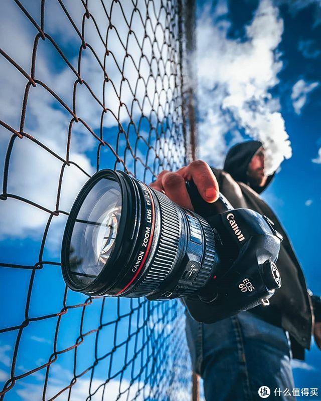 学起来!摄影师传授专业感美照小技巧,简单小物拍出神奇的瞬间。