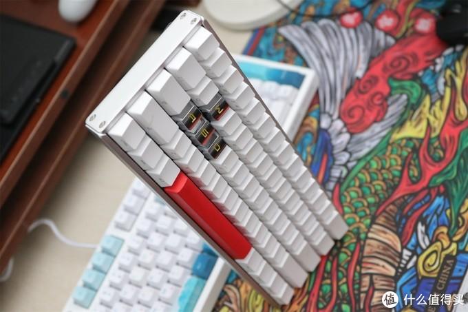 国产键盘颜值巅峰,黑爵蜻蜓点水晒物+换装秀