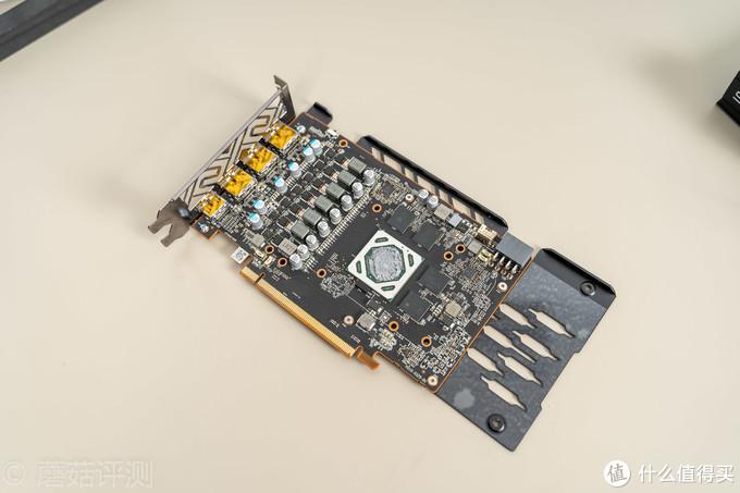 """内部做工用料完全""""越级""""、蓝宝石(Sapphire)RX 5500XT白金版OC显卡 拆解评测"""