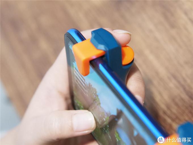 北通J1手游按键悬空电容按键映射模式助你来吃鸡