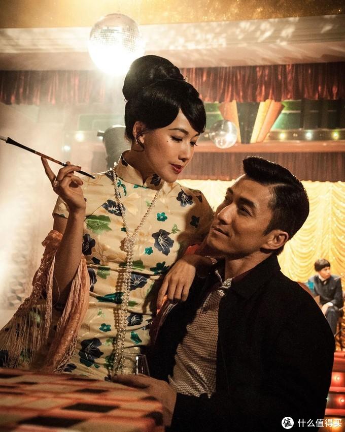 TVB年度盛事《万千星辉颁奖典礼2019》落幕,马国明、惠英红分获视帝视后,《金宵大厦》成大赢家