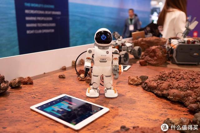 机器人的风向:一边技术进化,一边商业落地  CES 2020
