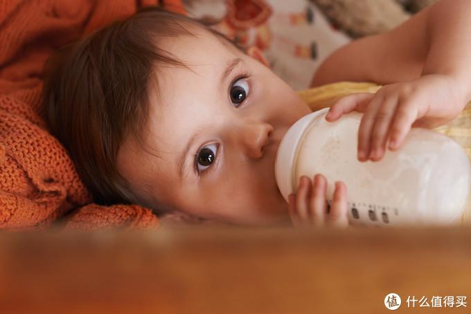 法国水冲奶粉是否小题大做?合格妈妈必修课