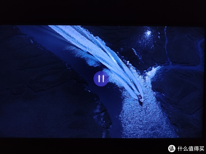 东芝U6900C——液晶电视黑夜冲锋。至暗才能闪光,夜幕的边缘星光撒落大海,掌握黑暗才能驾驭画质