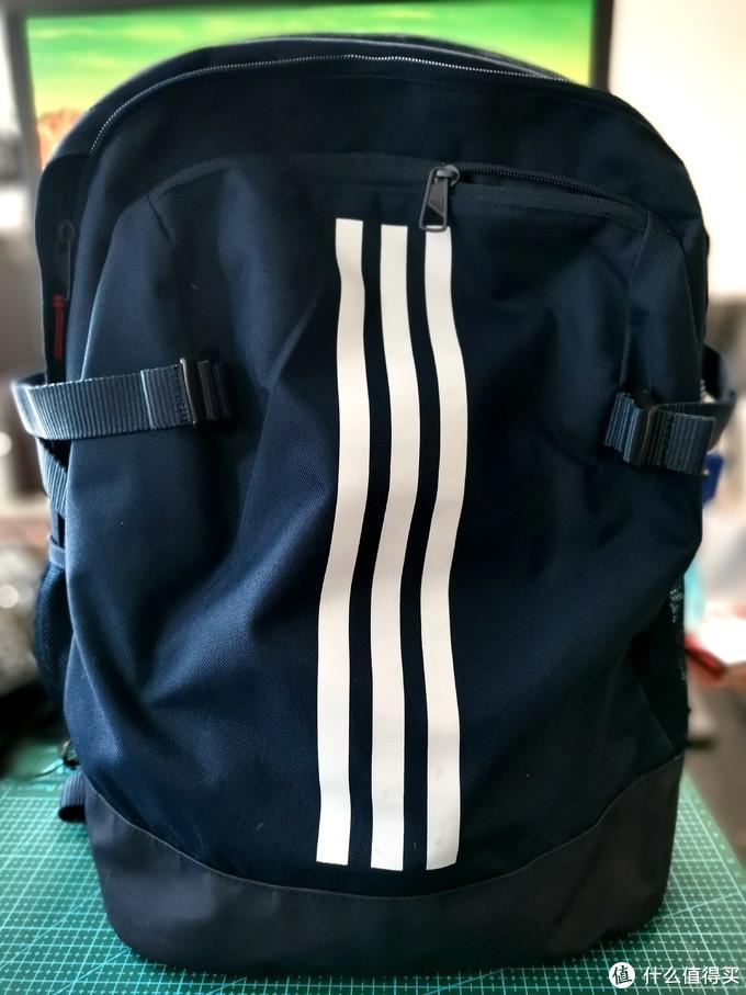 在值得买上买的89元三档杠DM7680双肩包(蓝色)使用感受