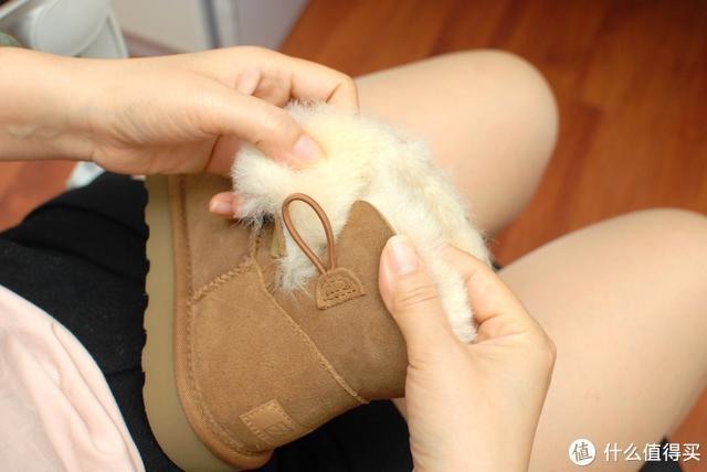 七面女士羊皮毛一体雪地靴:澳洲羊皮毛,给脚部整个冬季呵护!