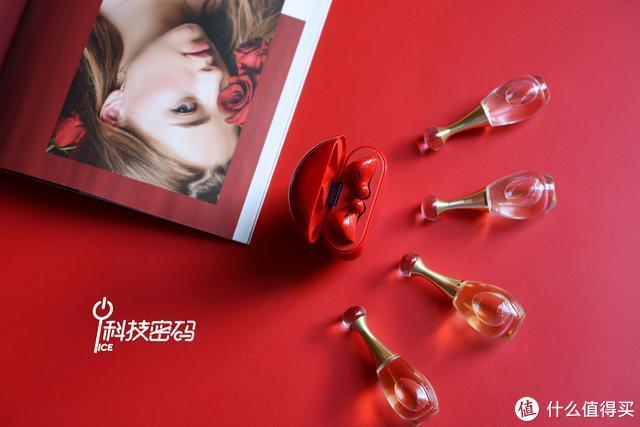 红红火火过大年HUAWEI FreeBuds 3蜜语红春节特辑图赏