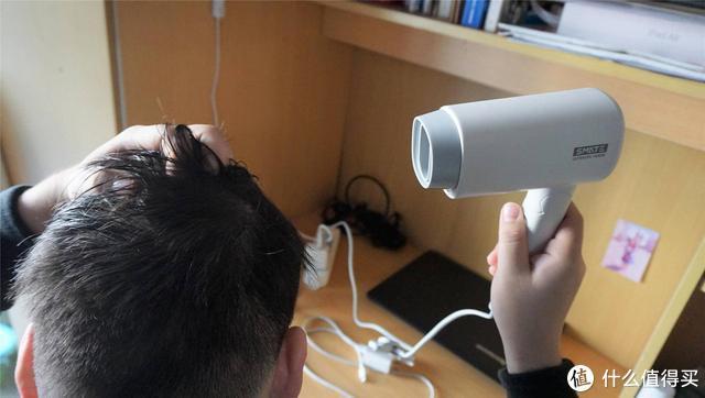 除了便携还有更好的负离子功能,须眉mini吹风机真实体验分享
