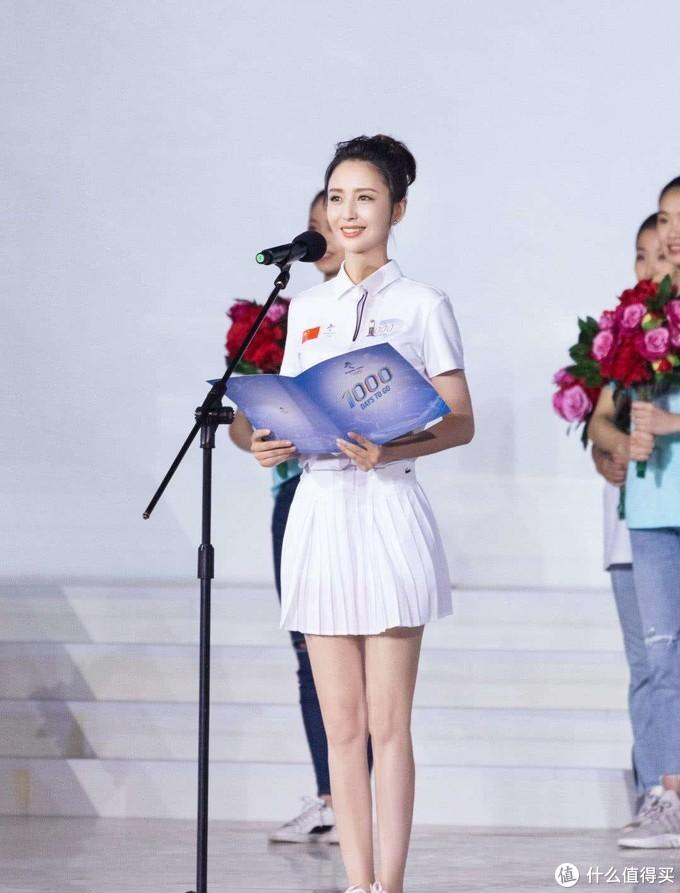 2020年央视春晚主持人曝光:康辉、朱迅、董卿都没在,佟丽娅加入!